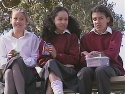 Tammy Blyton, Phoebe Boyd in Neighbours Episode 2501