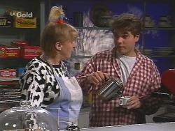 Angie Rebecchi, Mark Gottlieb in Neighbours Episode 2502
