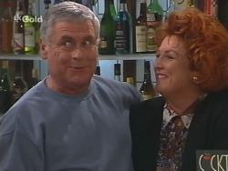 Lou Carpenter, Cheryl Stark in Neighbours Episode 2504