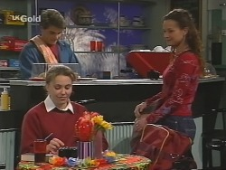 Mark Gottlieb, Libby Kennedy, Cody Willis in Neighbours Episode 2505