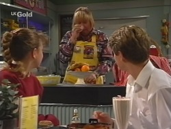 Hannah Martin, Angie Rebecchi, Lance Wilkinson in Neighbours Episode 2508