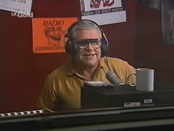 Lou Carpenter in Neighbours Episode 2510