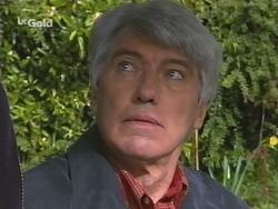 Patrick Kratz in Neighbours Episode 2511