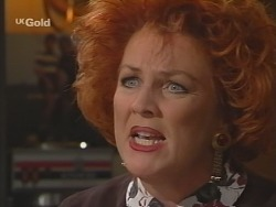Cheryl Stark in Neighbours Episode 2512