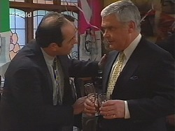 Philip Martin, Lou Carpenter in Neighbours Episode 2512