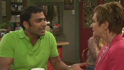Ajay Kapoor, Susan Kennedy in Neighbours Episode 6526