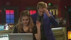 Natasha Williams, Andrew Robinson in Neighbours Episode 6527