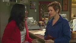 Priya Kapoor, Susan Kennedy in Neighbours Episode 6527