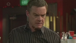 Paul Robinson in Neighbours Episode 6529
