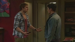 Kyle Canning, Chris Pappas in Neighbours Episode 6529