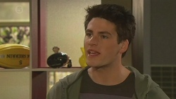 Chris Pappas in Neighbours Episode 6529
