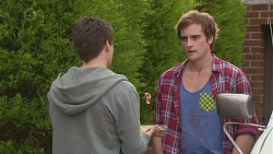 Chris Pappas, Kyle Canning in Neighbours Episode 6529