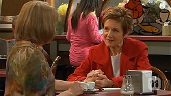 Carmel Tyler, Susan Kennedy in Neighbours Episode 6530