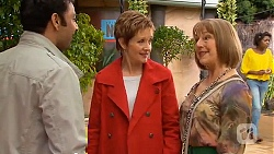 Ajay Kapoor, Susan Kennedy, Carmel Tyler in Neighbours Episode 6530