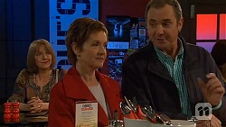 Carmel Tyler, Susan Kennedy, Karl Kennedy in Neighbours Episode 6530