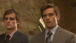 Kyle Canning, Rhys Lawson in Neighbours Episode 6532