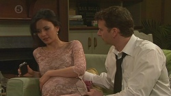 Vanessa Villante, Lucas Fitzgerald in Neighbours Episode 6532
