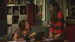 Sophie Ramsay, Rani Kapoor in Neighbours Episode 6536
