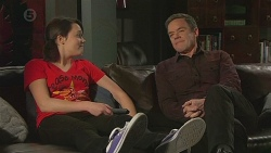 Sophie Ramsay, Paul Robinson in Neighbours Episode 6537