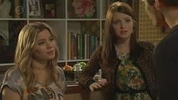 Natasha Williams, Summer Hoyland, Chris Pappas in Neighbours Episode 6538