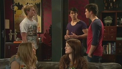 Andrew Robinson, Natasha Williams, Summer Hoyland, Aidan Foster, Chris Pappas in Neighbours Episode 6538
