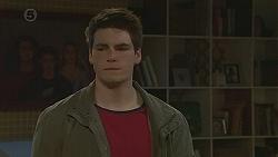 Chris Pappas in Neighbours Episode 6538
