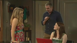 Natasha Williams, Karl Kennedy, Summer Hoyland in Neighbours Episode 6540