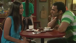 Rani Kapoor, Ajay Kapoor in Neighbours Episode 6540