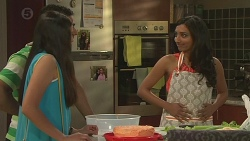Rani Kapoor, Ajay Kapoor, Priya Kapoor in Neighbours Episode 6540