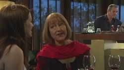 Summer Hoyland, Carmel Tyler, Karl Kennedy in Neighbours Episode 6540