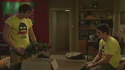 Kyle Canning, Chris Pappas in Neighbours Episode 6543