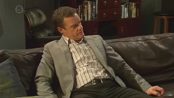 Paul Robinson in Neighbours Episode 6543
