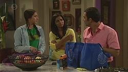 Rani Kapoor, Priya Kapoor, Ajay Kapoor in Neighbours Episode 6544