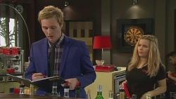 Andrew Robinson, Natasha Williams in Neighbours Episode 6544