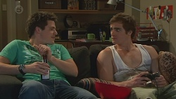Chris Pappas, Kyle Canning in Neighbours Episode 6545