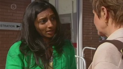 Priya Kapoor, Susan Kennedy in Neighbours Episode 6547