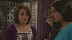 Sophie Ramsay, Rani Kapoor in Neighbours Episode 6548