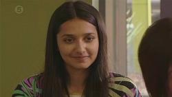 Rani Kapoor in Neighbours Episode 6548