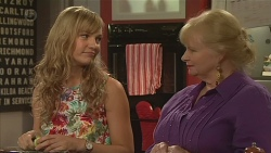 Georgia Brooks, Sheila Canning in Neighbours Episode 6550