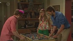 Kyle Canning, Georgia Brooks, Scotty Boland in Neighbours Episode 6550