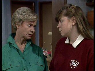 Helen Daniels, Nikki Dennison in Neighbours Episode 0249