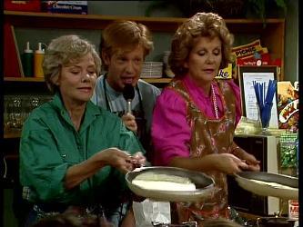 Helen Daniels, Clive Gibbons, Madge Bishop in Neighbours Episode 0249