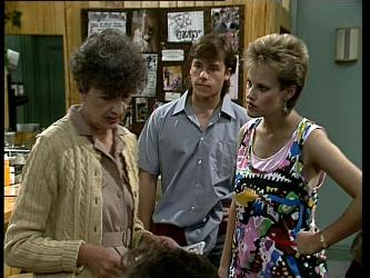 Nell Mangel, Mike Young, Daphne Clarke in Neighbours Episode 0251