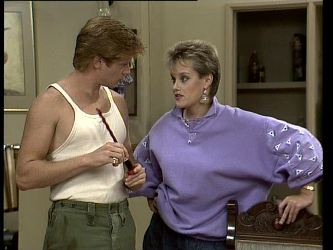 Clive Gibbons, Daphne Clarke in Neighbours Episode 0252