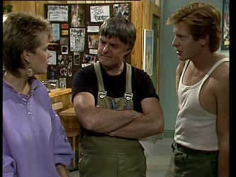Daphne Clarke, Tom Ramsay, Clive Gibbons in Neighbours Episode 0252