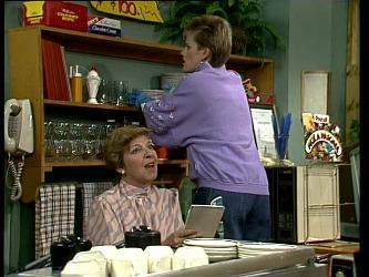 Eileen Clarke, Daphne Lawrence in Neighbours Episode 0252