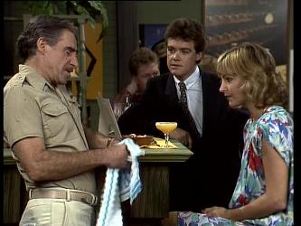 Jack Lassiter, Paul Robinson, Andrea Townsend in Neighbours Episode 0252