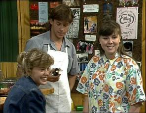 Charlene Mitchell, Mike Young, Nikki Dennison in Neighbours Episode 0253