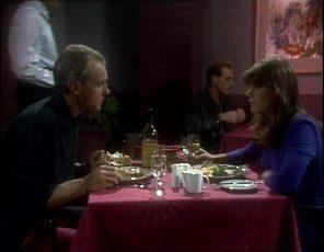 Jim Robinson, Zoe Davis in Neighbours Episode 0253