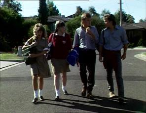 Charlene Mitchell, Nikki Dennison, Scott Robinson, Mike Young in Neighbours Episode 0253
